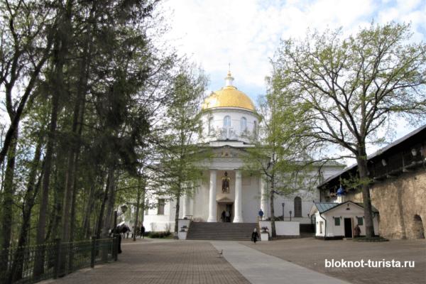 Михаловский собор в Печорском монастрые в Пскове
