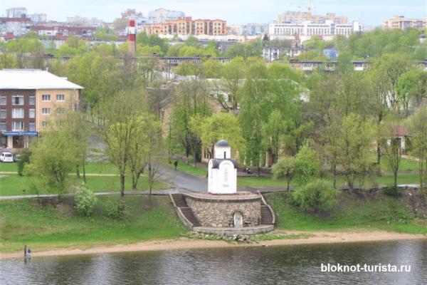 Вид на Ольгинскую часовню Псков