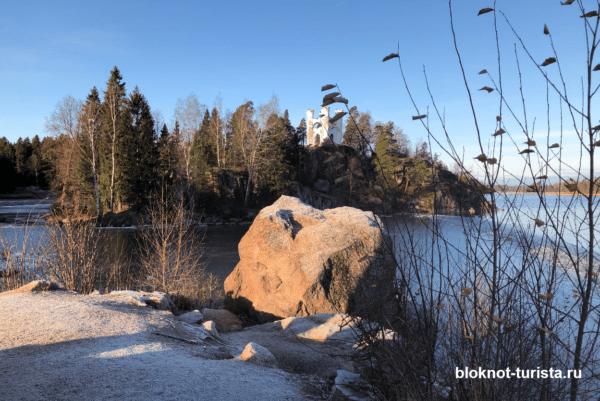 Остров Людвигштайн в парке Монрепо
