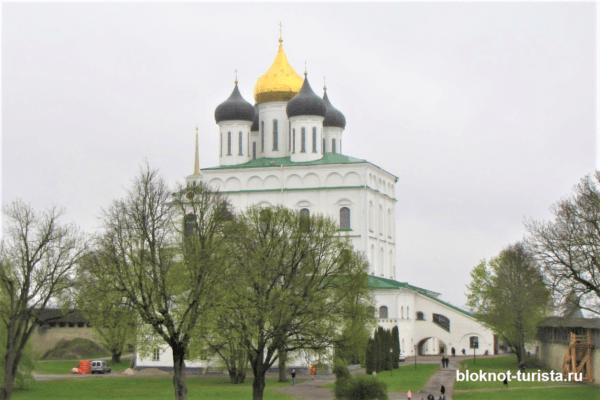 Троицкий собор в Псковском Кремле