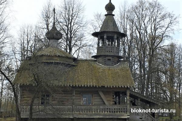 В музее деревянного зодчества Витославицы в Новгороде Великом