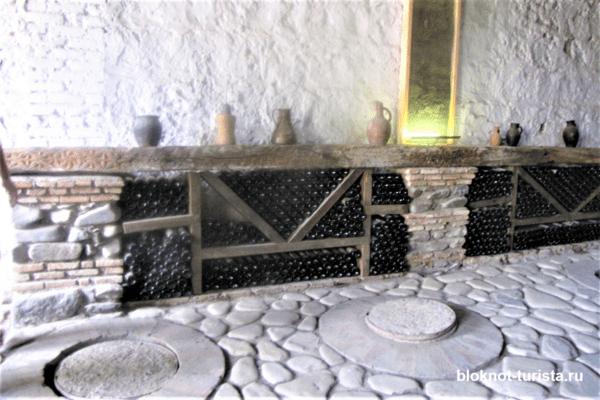 Экскурсия по винному заводу в Кварели