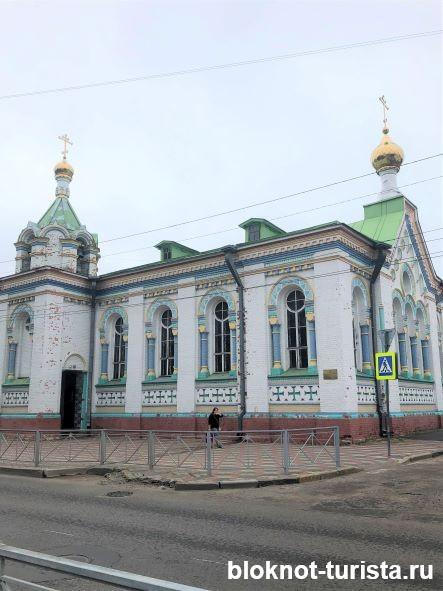 Никольский храм в центре города Архангельск
