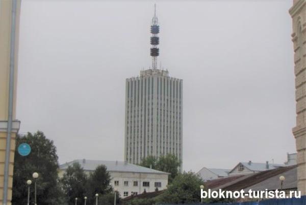 Высотка на площади Ленина в Архангельске