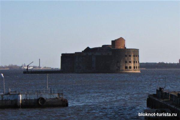 Один из самых красивых фортов Кронштадта - Чумной или Александр I