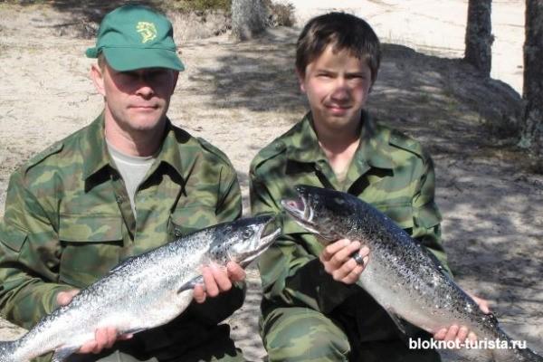 Рыбалка на лосося в Онежском озере в Карелии